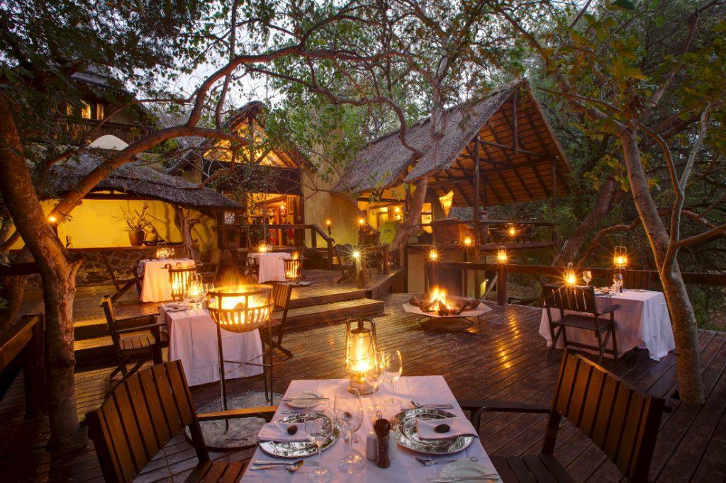 Südafrika Balule Nature Reserve Pondoro Game Lodge Restaurant Iwanowskis Reisen - afrika.de