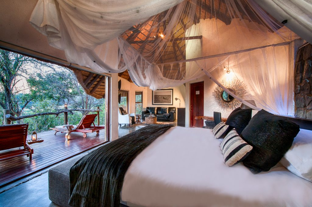 Südafrika Balule Nature Reserve Pondoro Game Lodge Suite Iwanowskis Reisen - afrika.de