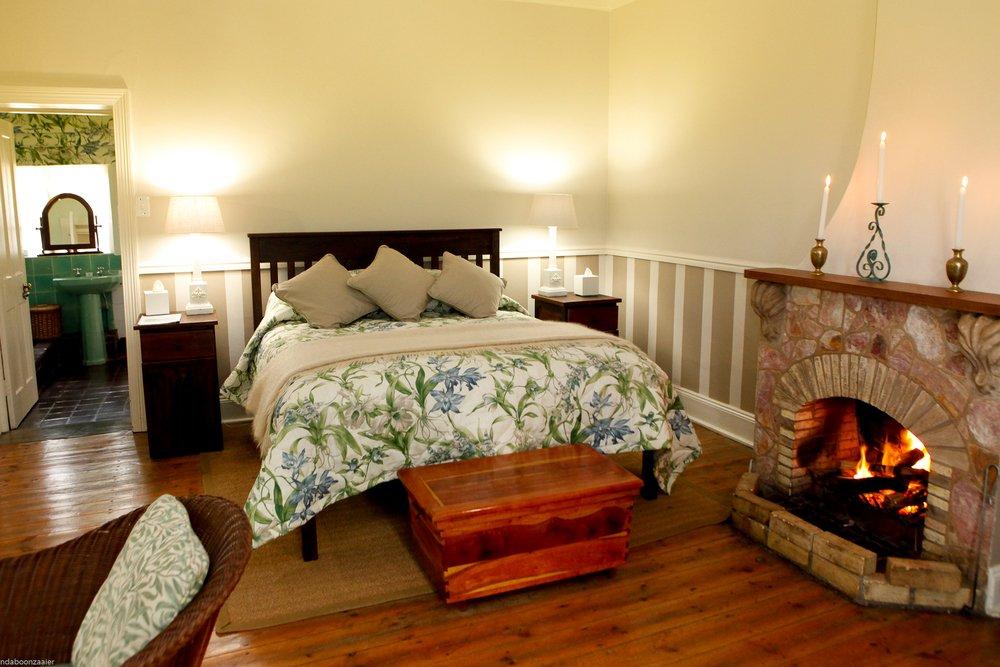 Südafrika Swasiland Reillys Rock Hilltop Lodge Luxury Zimmer Terrasse Iwanowskis Reisen - afrika.de