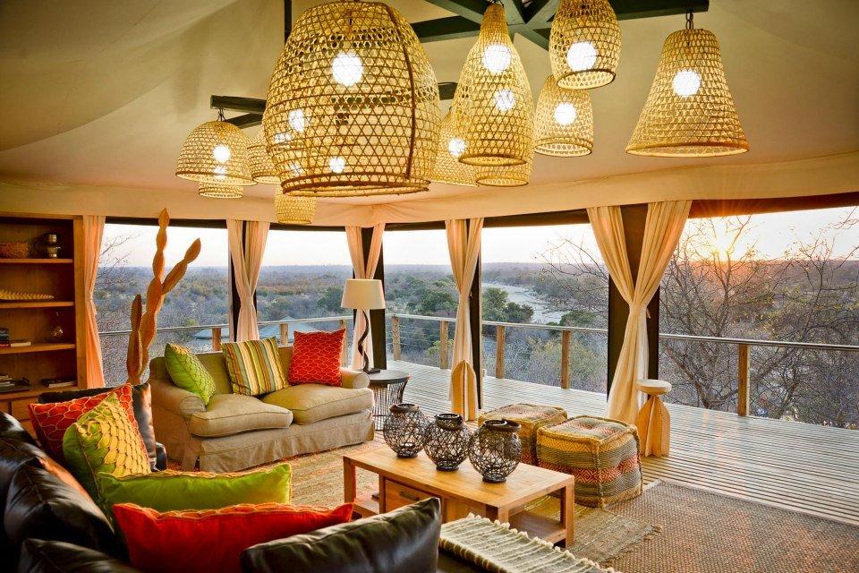 Südafrika Krüger Nationalpark Timbavati Reserve Simbavati Hilltop Lodge Ausblick Iwanowskis Reisen - afrika.de