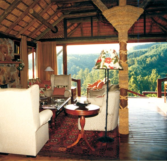 Südafrika Hazyview Tanamera Lodge Lounge Iwanowskis Reisen - afrika.de