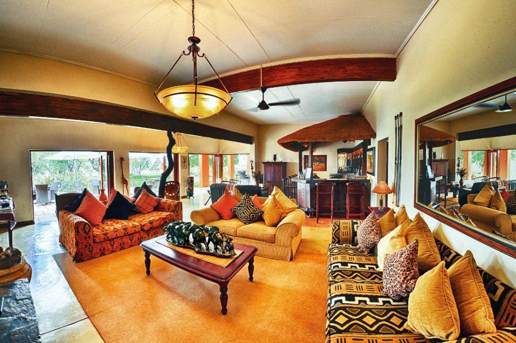 Südafrika Madikwe The Bush House Lounge Iwanowskis Reisen - afrika.de