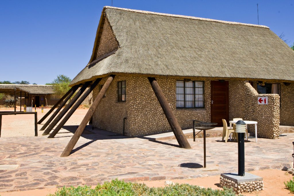 Südafrika Kgalagadi Transfrontier Park Twee Rivieren Camp Unterkunft Iwanowskis Reisen - afrika.de