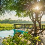 Südafrika Sabi Sands Game Reserve Umkumbe Safari Lodge Pool Iwanowskis Reisen - afrika.de