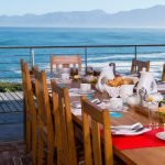 Südafrika Gansbaai Whalesong Lodge Frühstück Iwanowskis Reisen - afrika.de