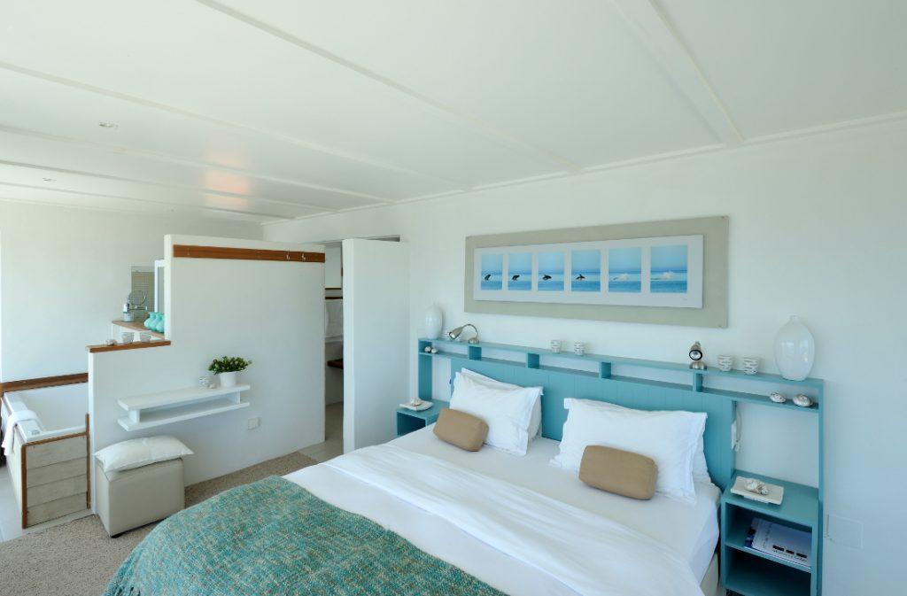 Südafrika Gansbaai Whalesong Lodge Gästezimmer Iwanowskis Reisen - afrika.de
