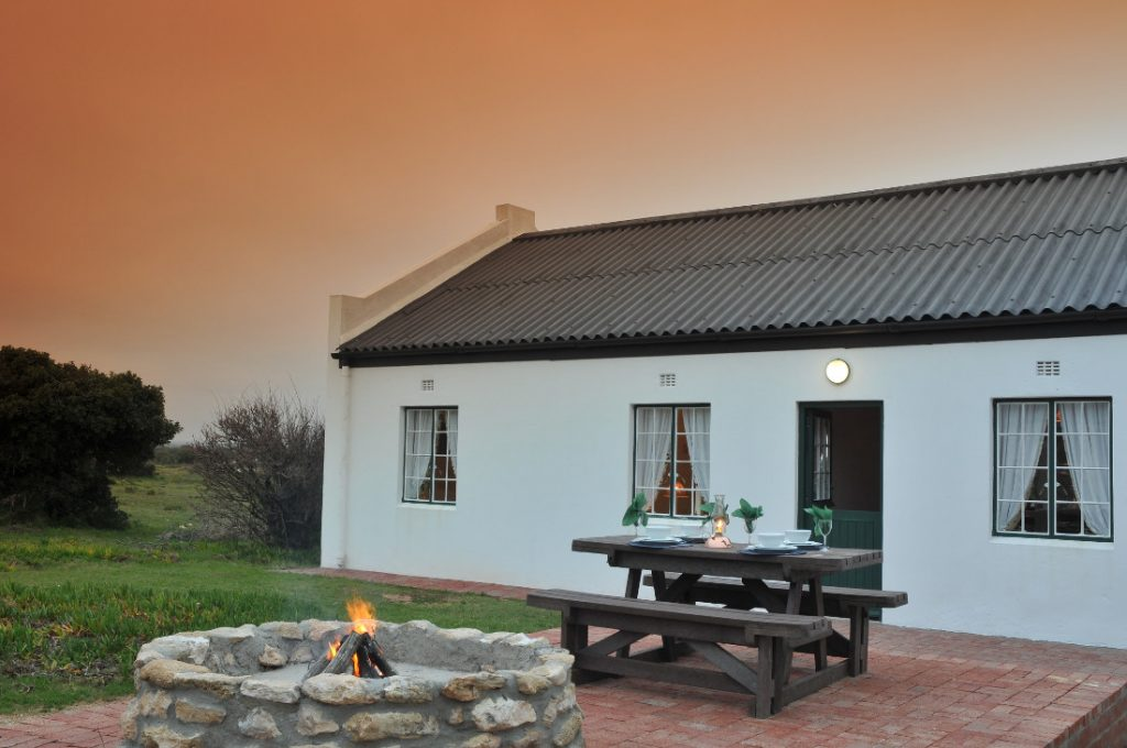 Südafrika De Hoop Nature Reserve Cottage Unterkunft Iwanowskis Reisen - afrika.de