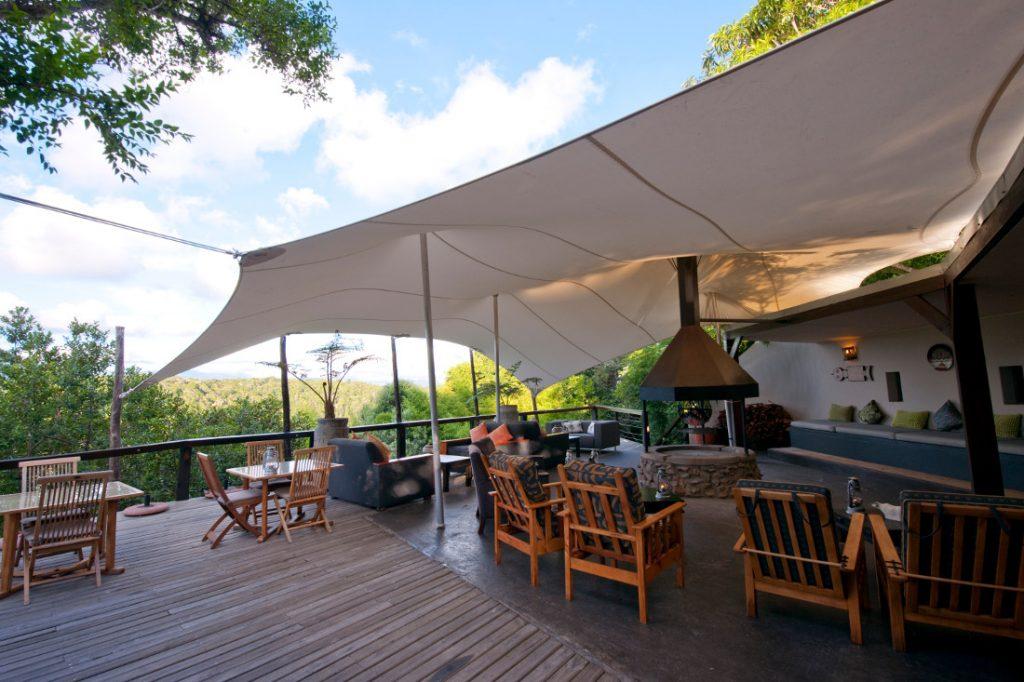Südafrika Plettenberg Bay Hog Hollow Country Lodge Lounge Iwanowskis Reisen - afrika.de