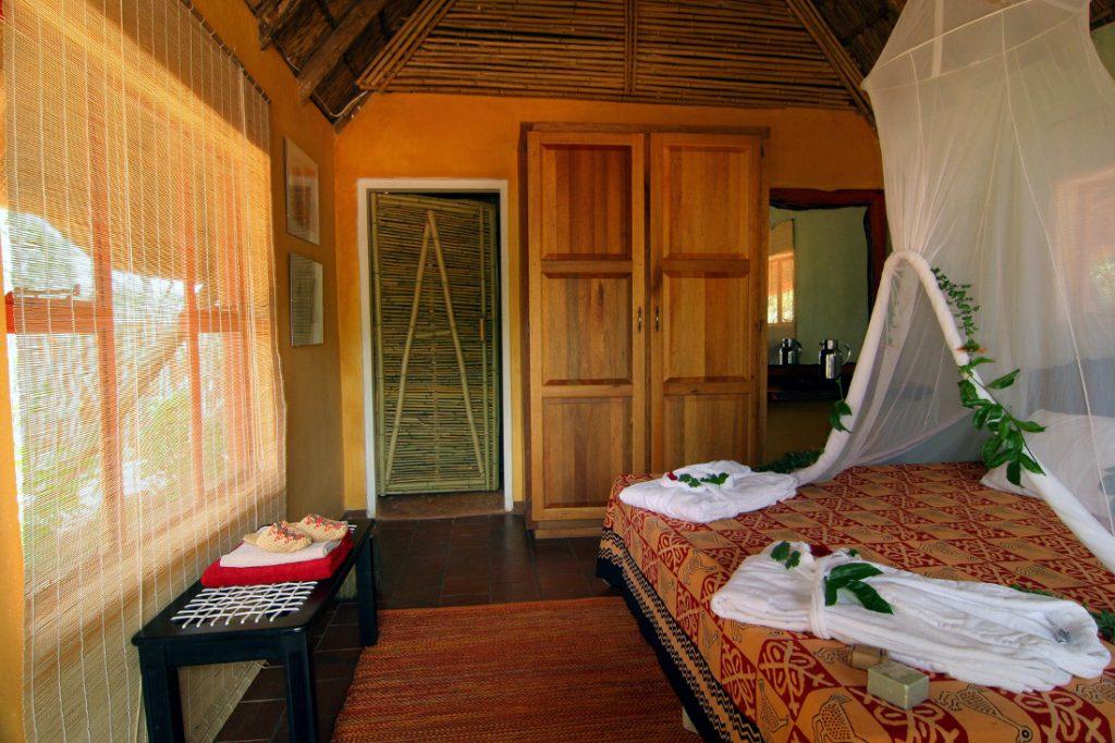 Südafrika Limpopo Sigurwana Lodge Chalet Iwanowskis Reisen - afrika.de