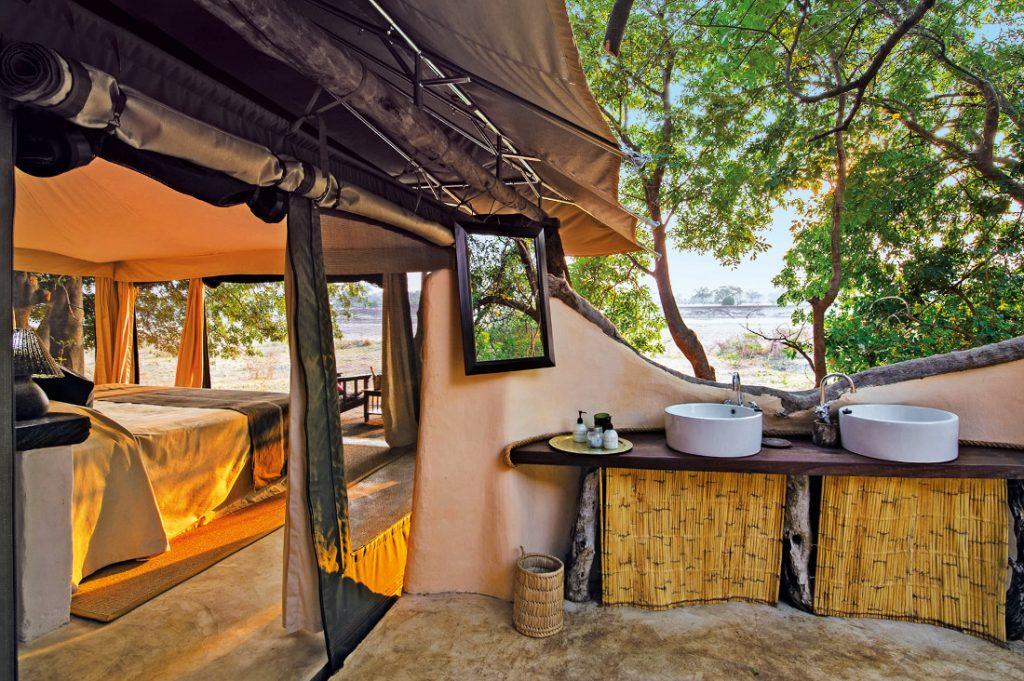 Sambia South Luangwa National Park Tena Tena Camp Safarizelt Iwanowskis Reisen - afrika.de