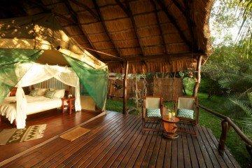 Sambia Kaingu Safari Lodge Zimmeransicht Iwanowskis Reisen - afrika.de