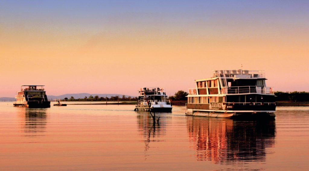 Simbabwe Lake Kariba Umbozha Hausboot Iwanowksis Reisen - afrika.de