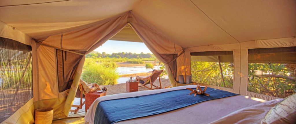 Tansania Ruaha Nationalpark Expeditionen Trekking Base Camp Zelt Iwanowskis Reisen - afrika.de