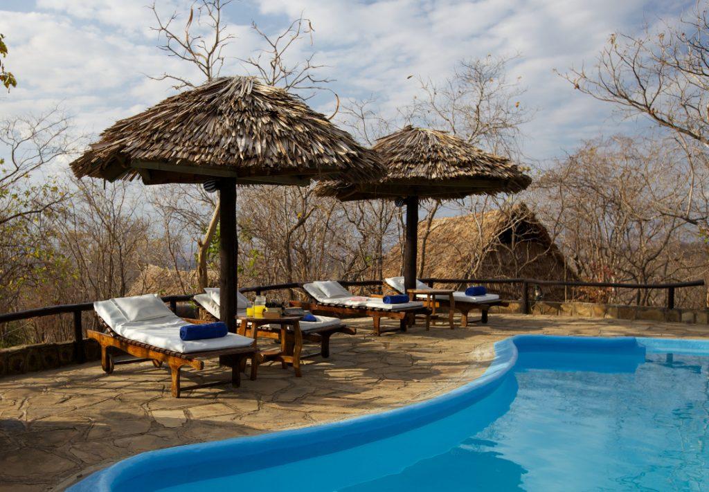 Tansania Mikumi National Park Vuma Hills Tented Camp Pool Iwanowskis Reisen - afrika.de