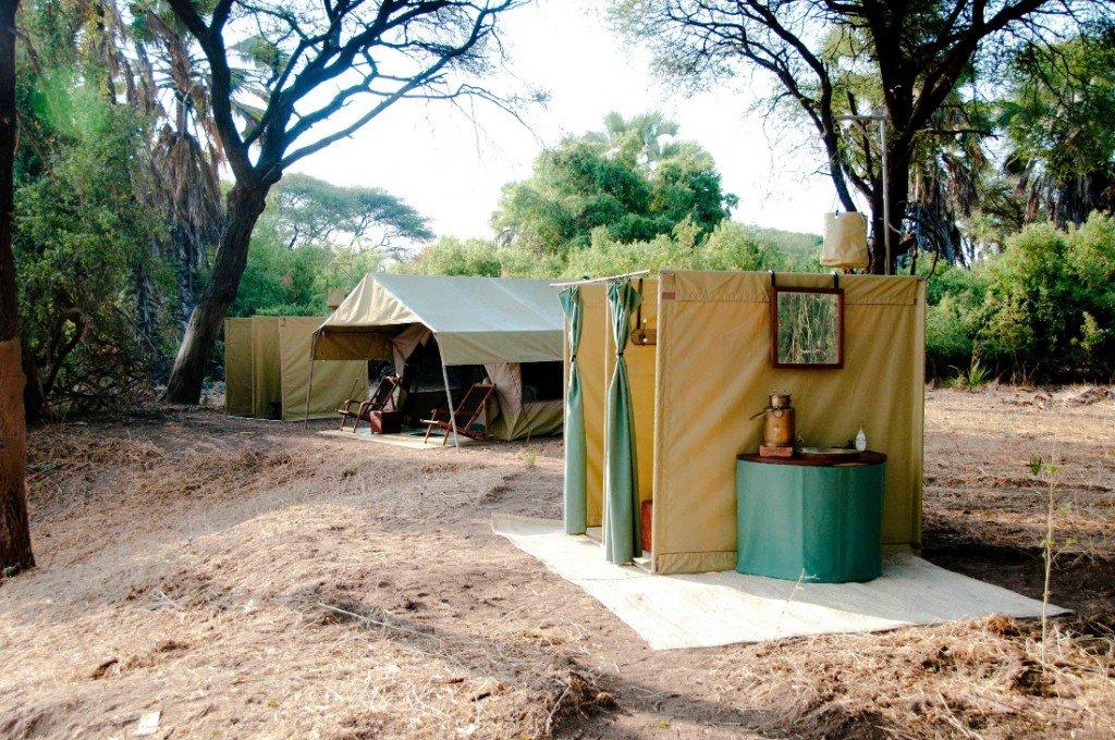 Tansania Ruaha Nationalpark Expeditionen Kichaka Base Camp Iwanowskis Reisen - afrika.de