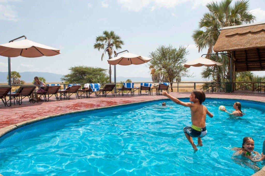 Tansania Maramboi Tented Camp Pool Iwanowskis Reisen - afrika.de