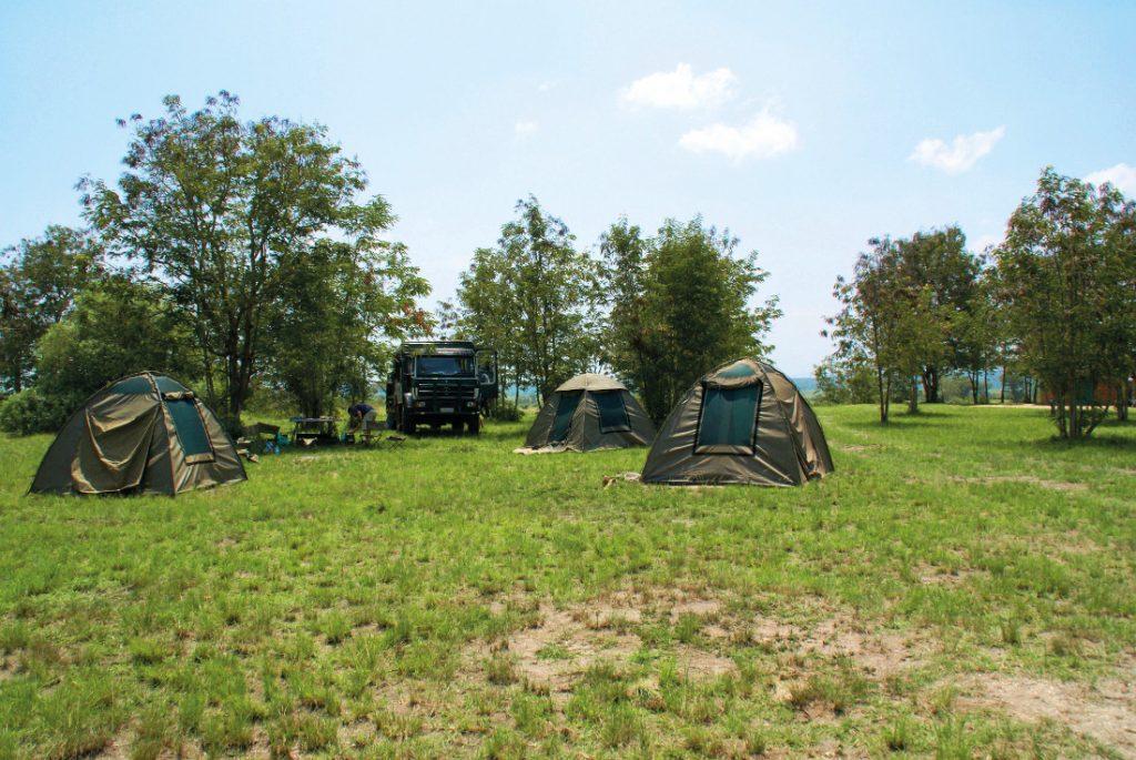 Uganda Campingsafari Zeltunterkunft Iwanowskis Reisen - afrika.de
