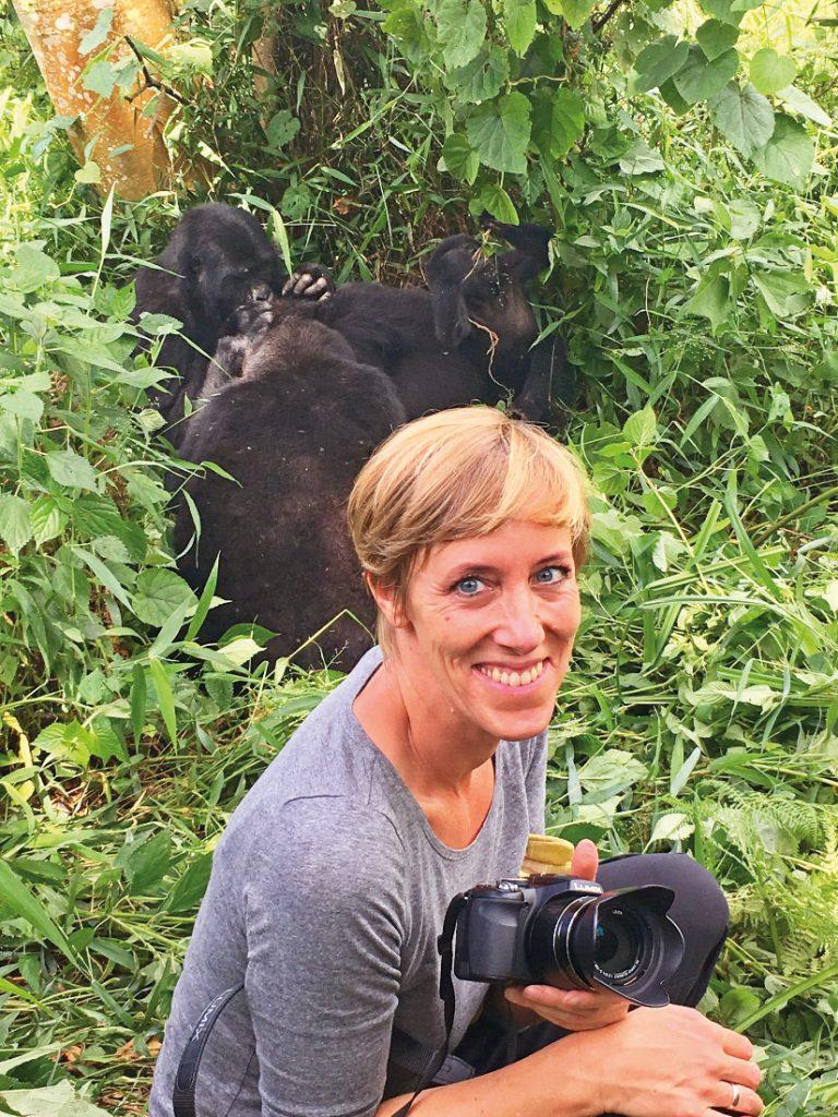 Uganda Bwindi Impenetrable Forest Gorilla Tracking Iwanowskis Reisen - afrika.de