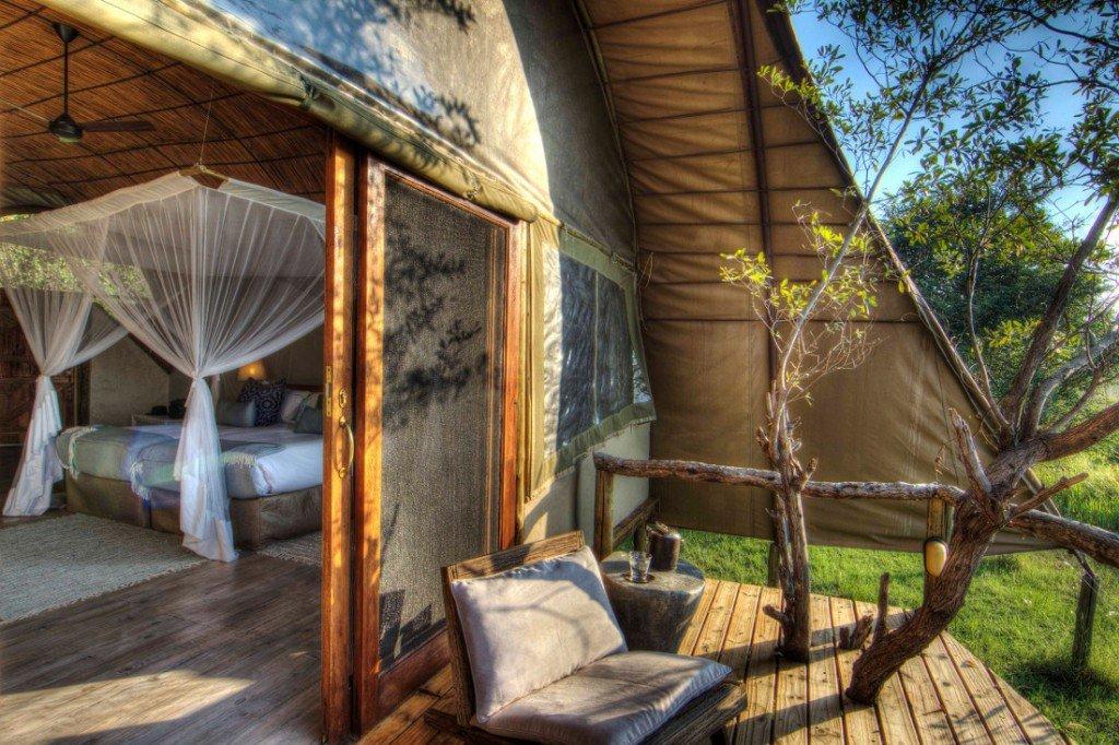 Botswana Moremi Game Reserve Camp Okuti Zelt Iwanowskis Reisen - afrika.de