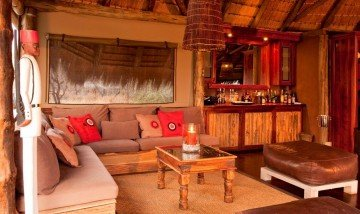 Namibia, Onguma Game Reserve, Tree Top Camp, Lounge - afrika.de