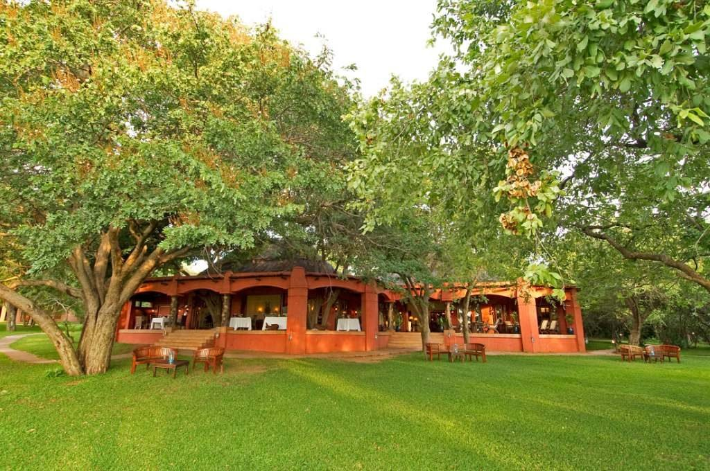 Sanctuary Chobe Chilwero Lodge - afrika.de Iwanowskis Individuelles Reisen