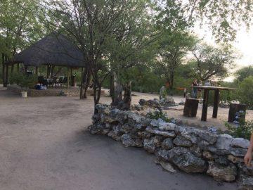Fiume Bush Camp Außenbereich