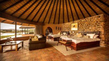 Mount Etjo Unterkunft Villa