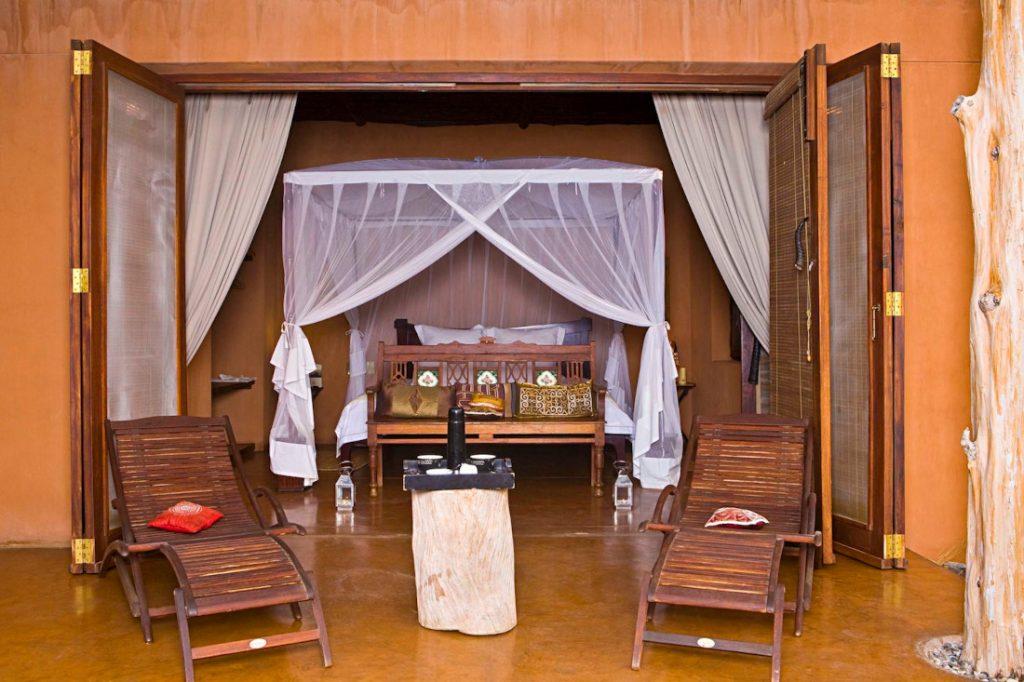 Namibia Kaokoland Okahirongo Elephant Lodge Unterkunft Iwanowskis Reisen - afrika.de