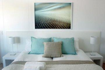 Swakopmund Luxury Suites Bett