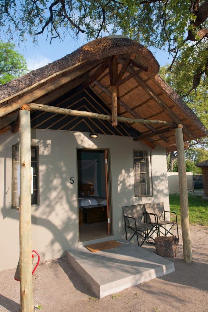 Khwai Guest House Außen - afrika.de Iwanowskis Individuelles Reisen