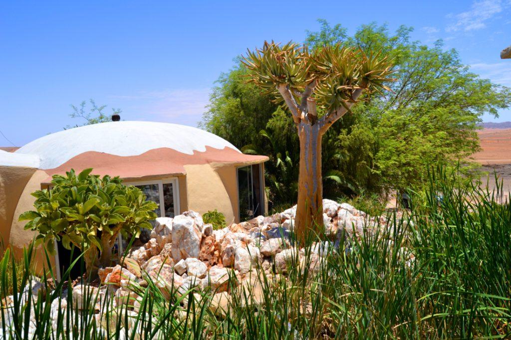 Namibia Khomas Hochland Rostock Ritz Desert Lodge Bungalow Iwanowskis Reisen - afrika.de