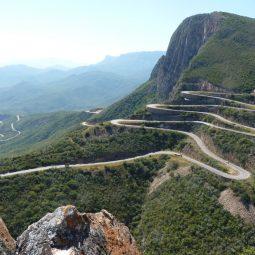 Angola Safari Leba Pass Iwanowskis Reisen - afrika.de