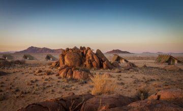 Namibia Sossusvlei Desert Quiver Camp Iwanowskis Reisen - afrika.de