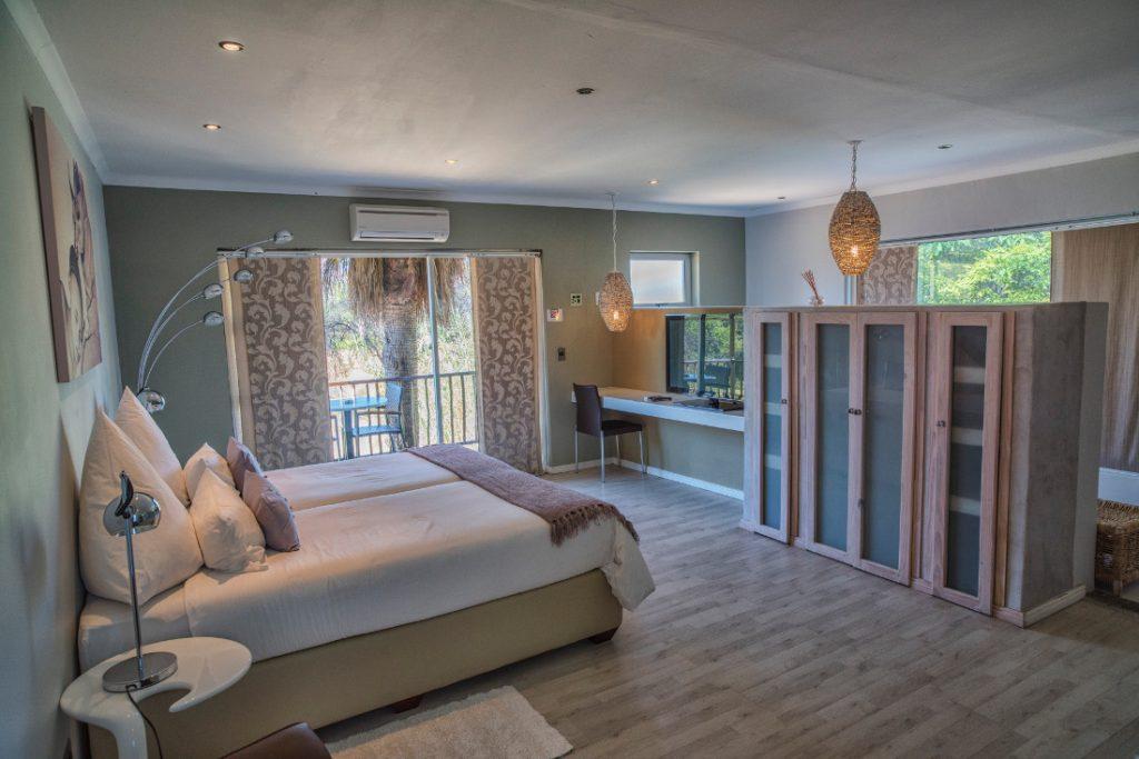 Namibia Windhoek Utopia Boutique Hotel Suite Iwanowskis Reisen - afrika.de