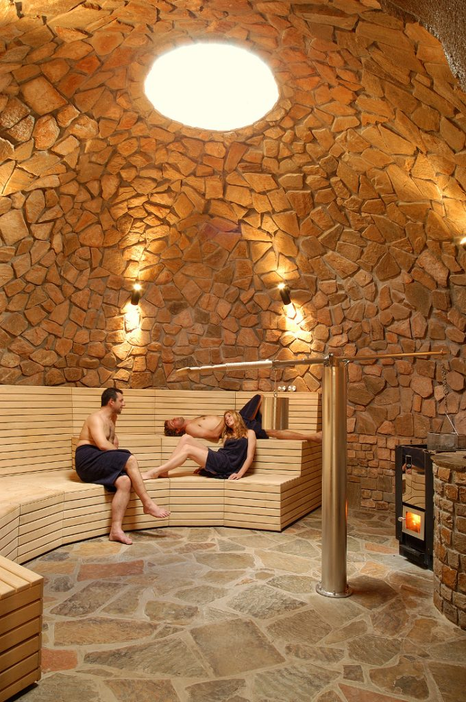 Namibia Windhoek GocheGanas Nature Reserve Wellness Village Sauna Iwanowskis Reisen - afrika.de