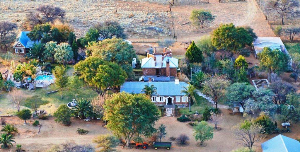 Namibia Otjiwarongo Ouhave Country Home Iwanowskis Reisen - afrika.de