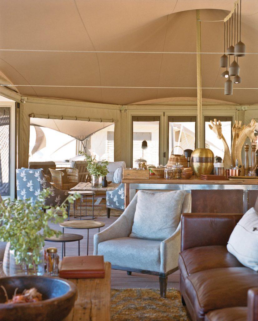 Namibia Kaokoland Hoanib Valley Camp Lounge Iwanowskis Reisen - afrika.de