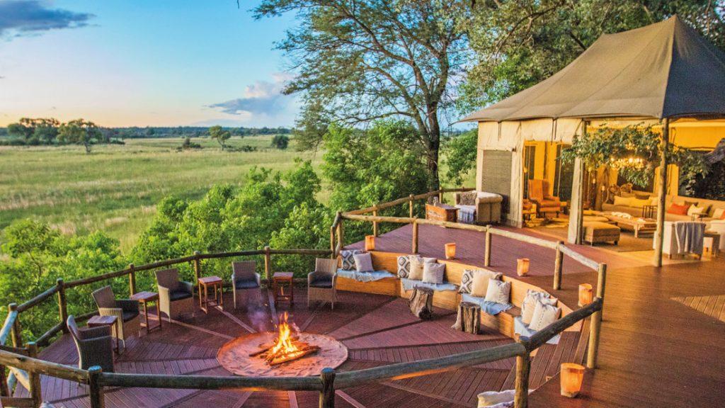 Namibia Bwabwata National Park Nambwa Tented Lodge Feuerstelle Iwanowskis Reisen - afrika.de