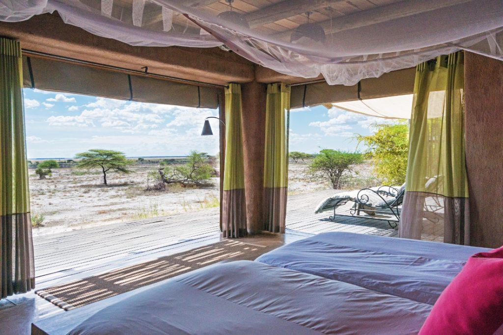 Namibia Etosha National Park Onguma The Fort Zimmer Iwanowskis Reisen - afrika.de