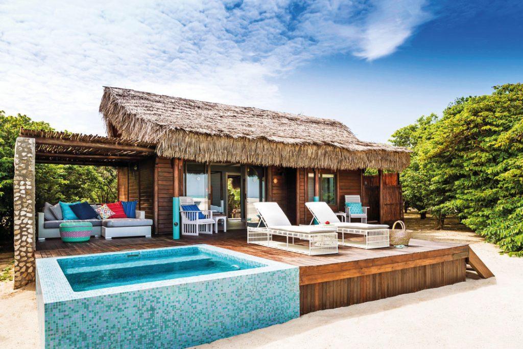 Mosambik Quirimbas Archipel Medjumbe Privat Island Beach Villa Iwanowskis Reisen - afrika.de