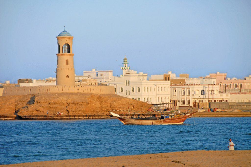 Oman Sur Iwanowskis Reisen - afrika.de