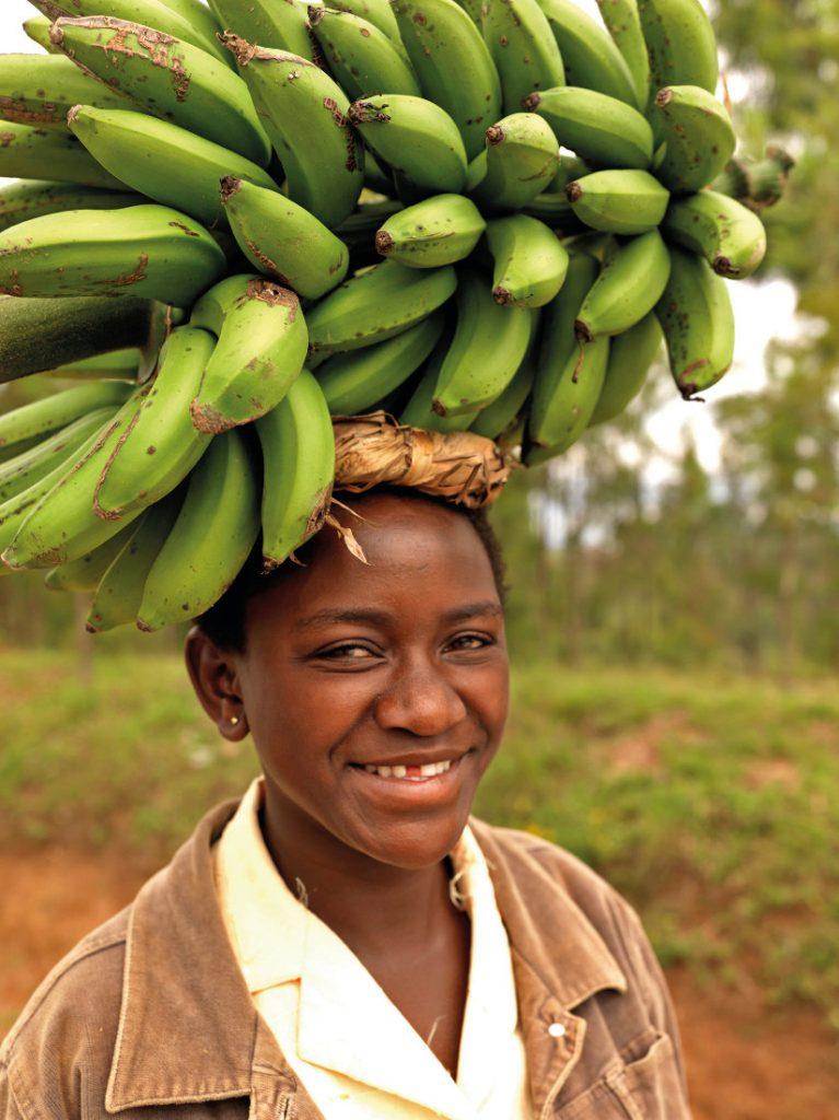 Ruanda Rundreise Safari Bananen unterwegs Iwanowskis Reisen - afrika.de