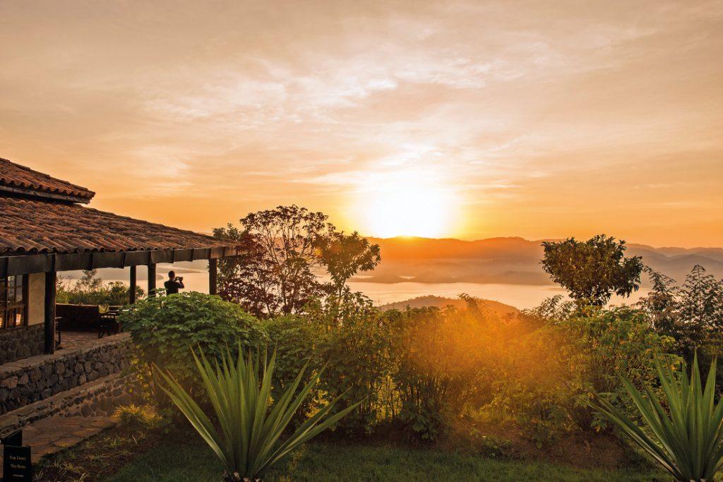 Ruanda Rundreise Safari Virunga Lodge Iwanowskis Reisen - afrika.de