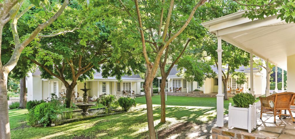 Südafrika Oudtshoorn Rosenhof Country Lodge Iwanowskis Reisen - afrika.de