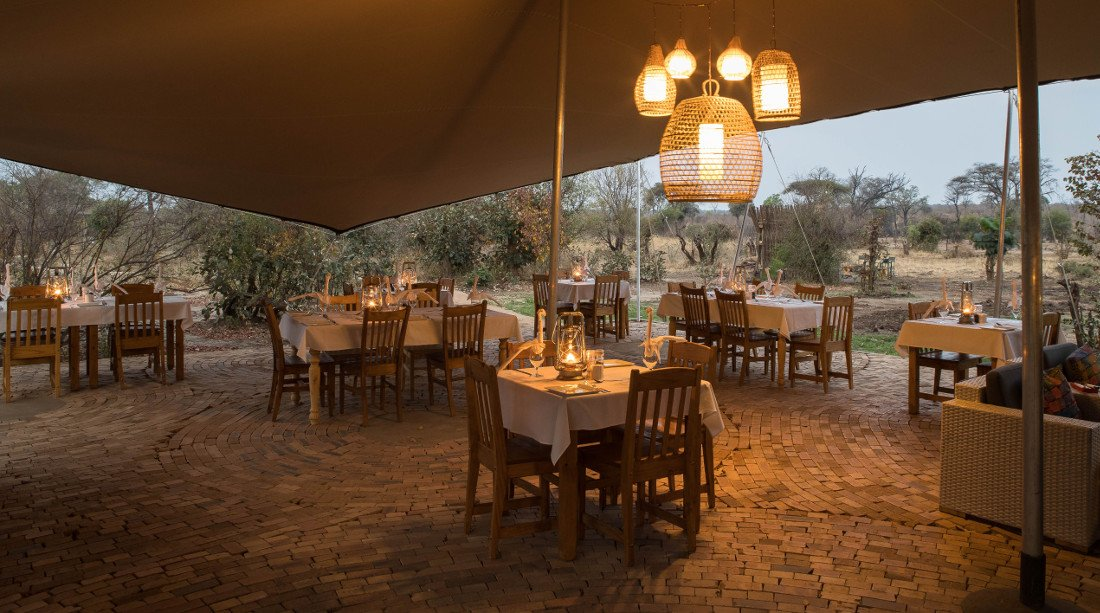 Botswana Kasane Chobe Tlouwana Camp Iwanowskis Reisen - afrika.de