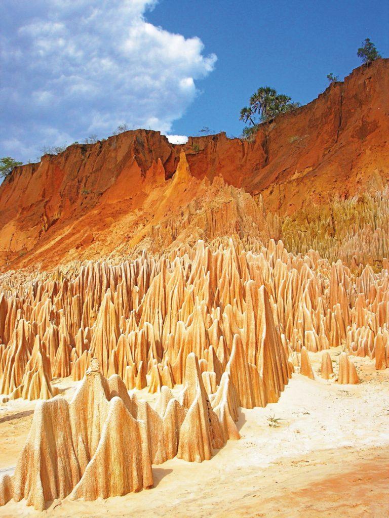 Madagaskar Ankarana Tsingys Rouge Iwanowskis Reisen - afrika.de