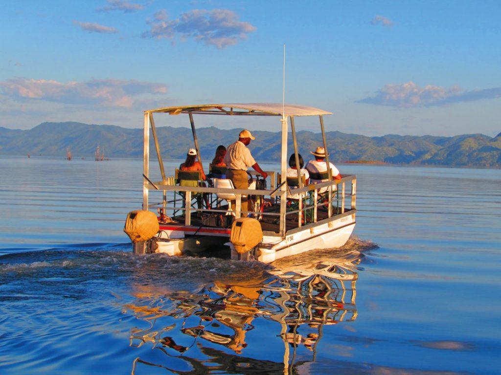 Simbabwe Matusadona Lake Kariba Changa Safari Camp Bootsfahrt Iwanowskis Reisen - afrika.de