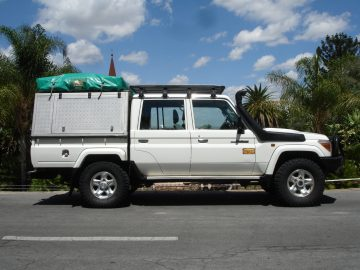 Namibia Africa on Wheels 4x4 Fahrzeuge Allrad Camping Iwanowskis Reisen - afrika.de