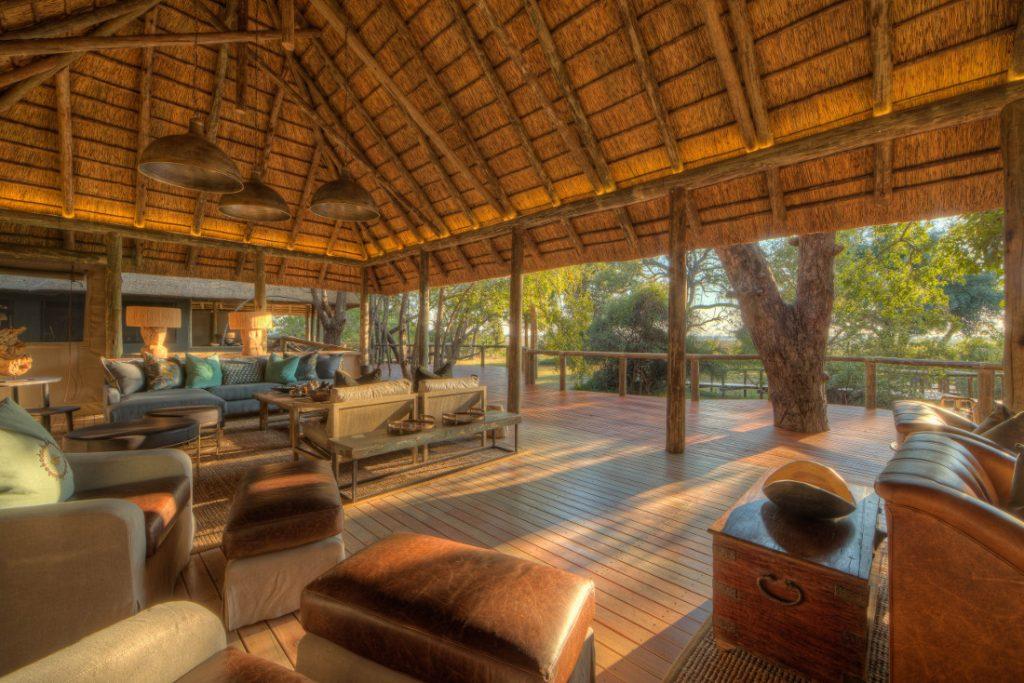 Botswana Moremi Game Reserve Camp Moremi Lounge Iwanowskis Reisen - afrika.de