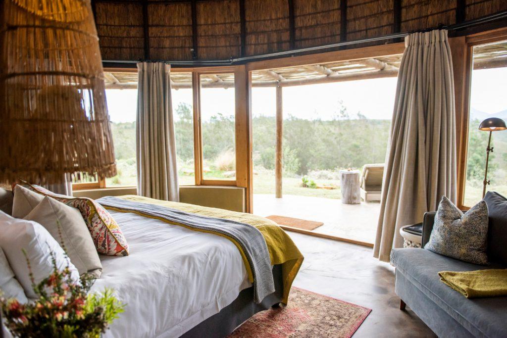 Südafrika George Gondwana Game Reserve Kwena Lodge Suite Iwanowskis Reisen - afrika.de